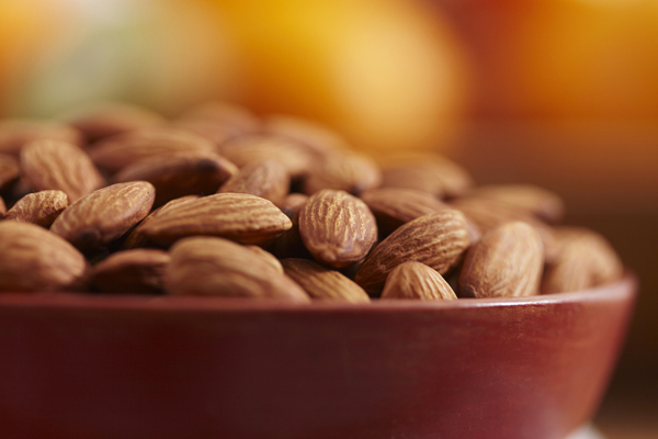 Almonds remain top natural inclusion for confectionery and snacks series